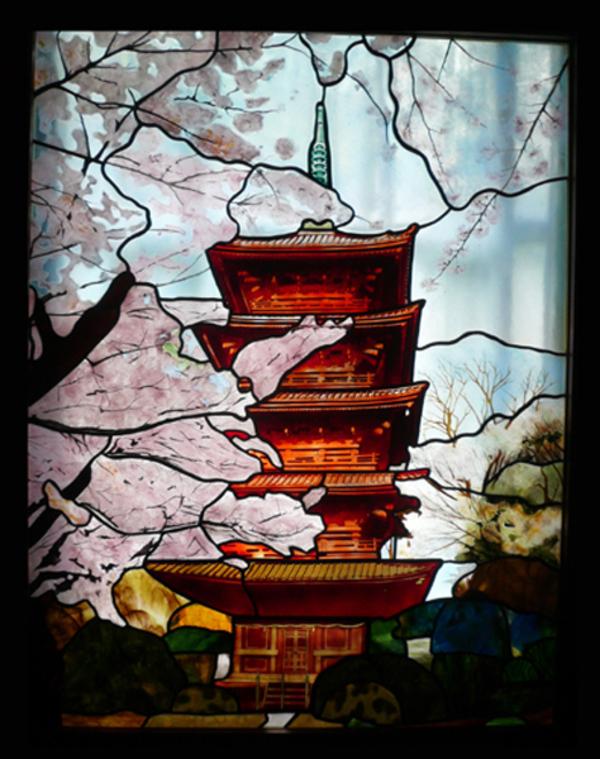 春夕の五重塔 ステンドグラス オーダーメイド 新築のサムネイル
