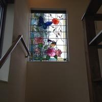 ステンドグラス パネル オーダーメイド 新築 リフォーム 薔薇と蝶 のサムネイル