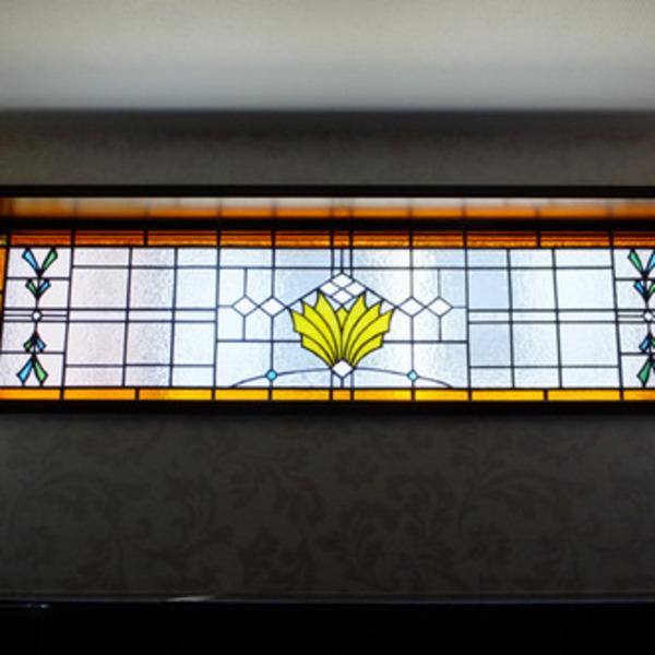 市川市 K氏邸のステンドグラスのサムネイル