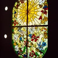 歯科医院、天窓 ステンドグラス オーダーメイド 新築のサムネイル