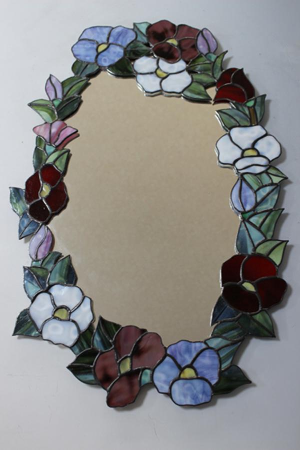 鏡のパネルのサムネイル