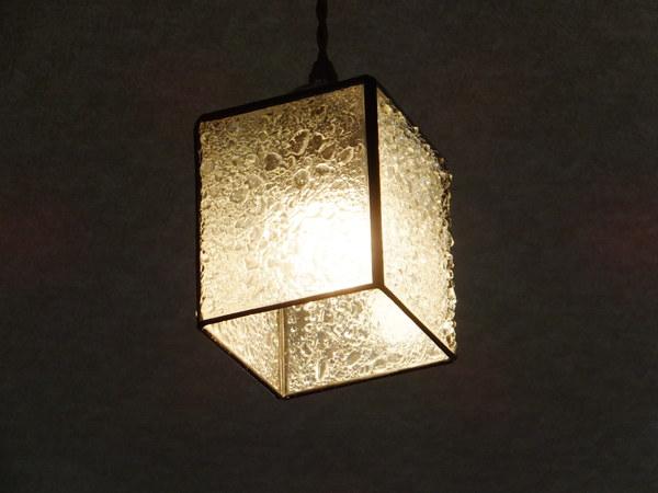 【照明】ステンドグラス、ペンダントライト4面体クリアー