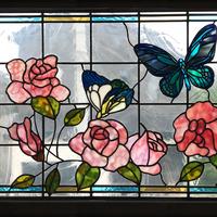 薔薇と蝶のステンドグラスパネル、納品しました。