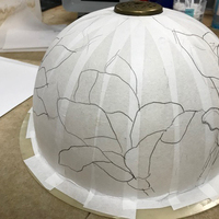 木蓮のステンドグラスランプ