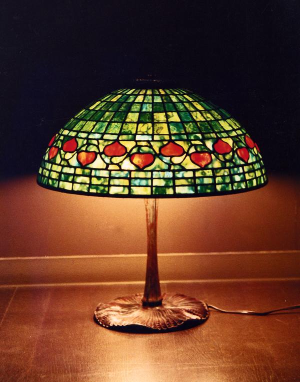 ステンドグラス、ランプ アコーンのサムネイル