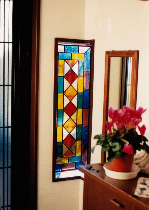 ステンドグラス オーダーメイド 新築 やさしい幾何学模様のサムネイル