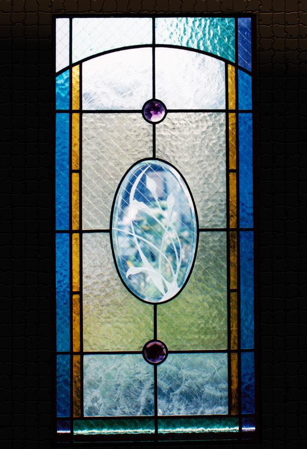 ステンドグラス オーダーメイド 新築 リフォーム カラーの入ったパネルのサムネイル