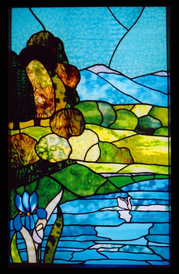 ステンドグラス オーダーメイド 新築 リフォーム 白鳥と湖 のサムネイル