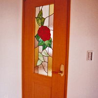 ステンドグラス 習志野市 新築住宅室内ドアのパネルのサムネイル