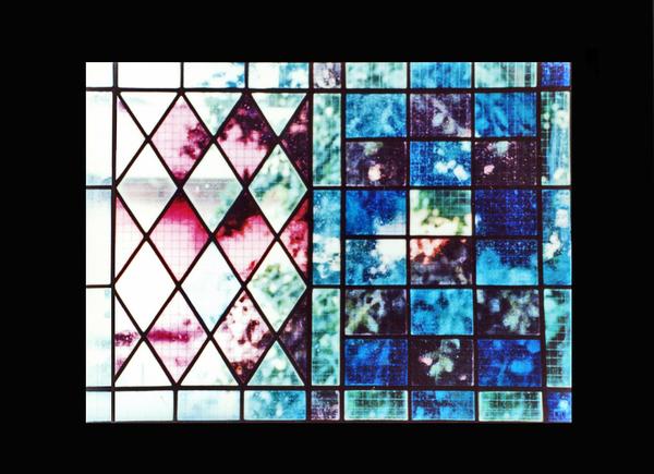 ステンドグラス オーダーメイド 幾何学模様のサムネイル
