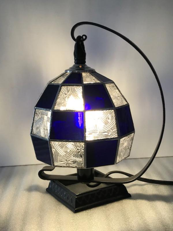 ステンドグラス 教室 市松模様のランプ