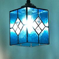 ステンドグラス ランプ、べベルガラスでペンダントライト