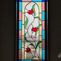 チューリップのステンドグラスのサムネイル