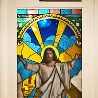 キリストのステンドグラスのサムネイル
